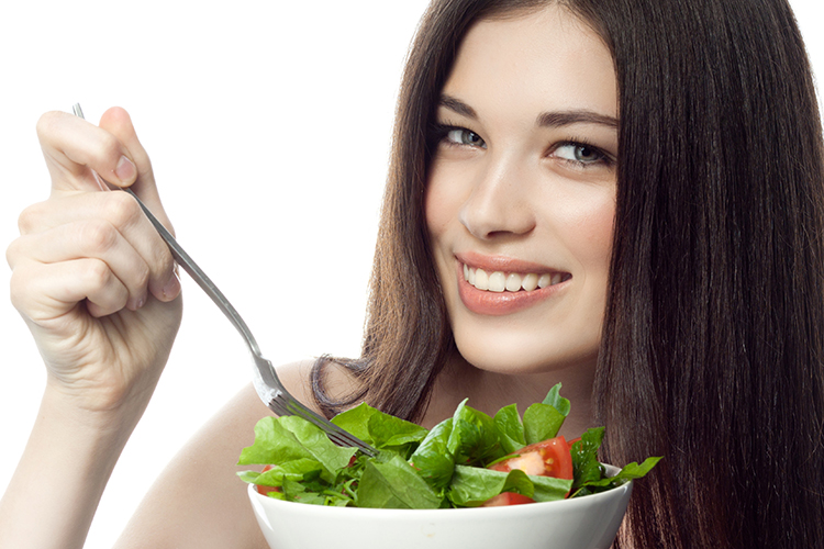 Foods that Make Your Hair Grow Long and Strong-greens