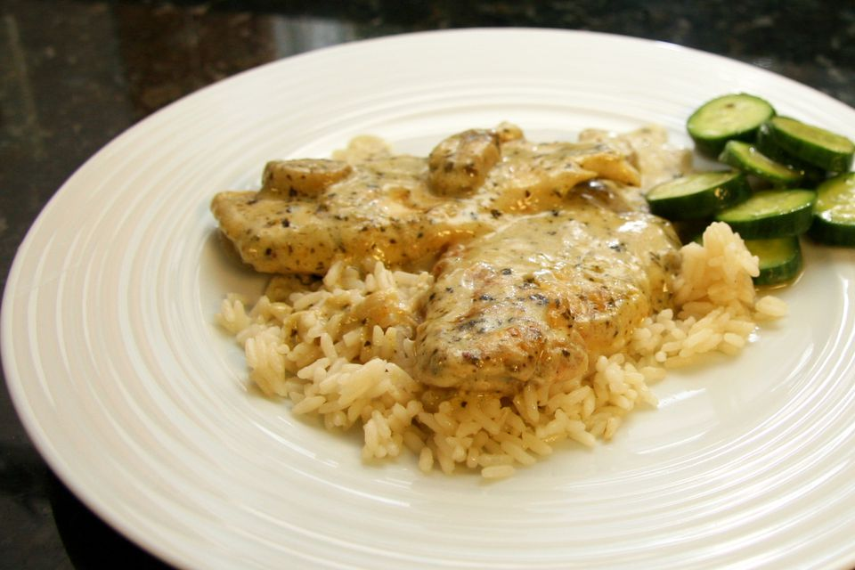 Chicken and creamy basil pesto sauce