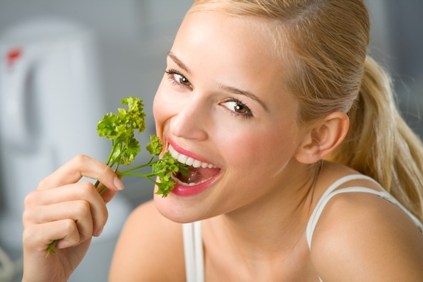 Here have some herbs that can help to reduce the weight